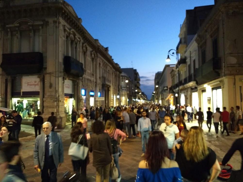 passeggiata in Italy