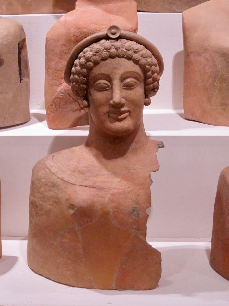 Magna Graecia terracotta
