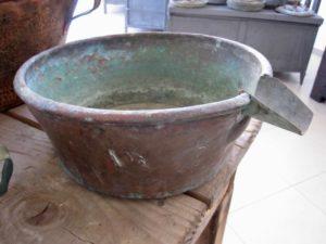 bergamot copper container